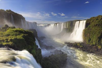 Brazil, Iguassu Falls National Park (Cataratas Do Iguacu), Devil's Throat (Garganta Do Diabo)