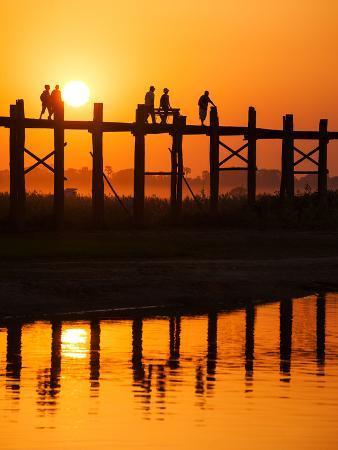 U Bein Bridge (Longest Teak Bridge in the World) at Sunset , Amarapura, Mandalay, Burma (Myanmar)