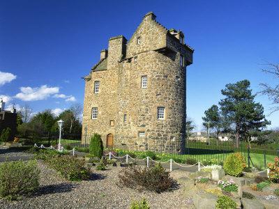 Claypotts Castle, Broughty Ferry, Near Dundee, Highlands, Scotland, United Kingdom, Europe