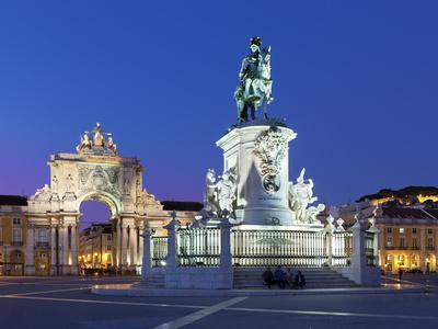 Praca Do Comercio with Equestrian Statue of Dom Jose and Arco Da Rua Augusta, Lisbon, Portugal