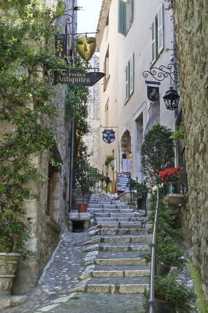 Street Scene, Saint-Paul-De-Vence, Provence-Alpes-Cote D'Azur, Provence, France, Europe