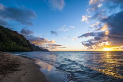 Sunset on the Napali Coast, Kauai, Hawaii,United States of America, Pacific