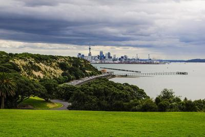 View from the Michael Joseph Savage Memorial at the Tamaki Drive over the Skyline of Auckland