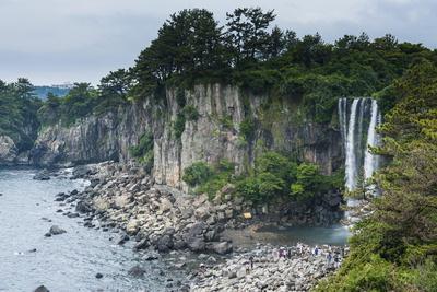 Jeongbang Pokpo Waterfall, Island of Jejudo, UNESCO World Heritage Site, South Korea, Asia