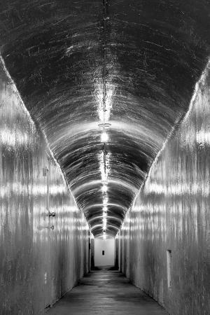 USA, California, Furnace Creek Inn Tunnel