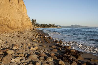 California, Santa Barbara, Montecito, Butterfly Beach, Sandy Cliff