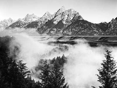 USA, Wyoming, Grand Teton National Park. Mountain Sunrise