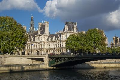 Evening Sunlight on Hotel de Ville across River Seine, Paris, France
