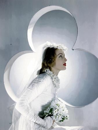 Vogue - April 1941