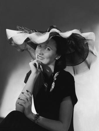 Vogue - June 1942