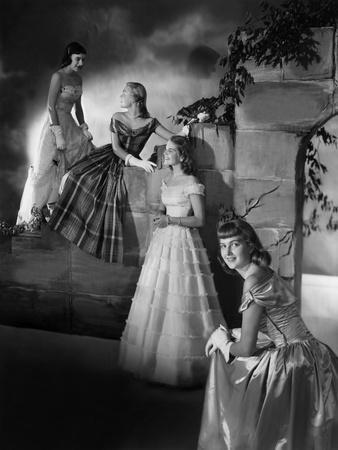 Vogue - December 1947