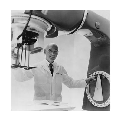 Dr. Gilbert H. Fletcher