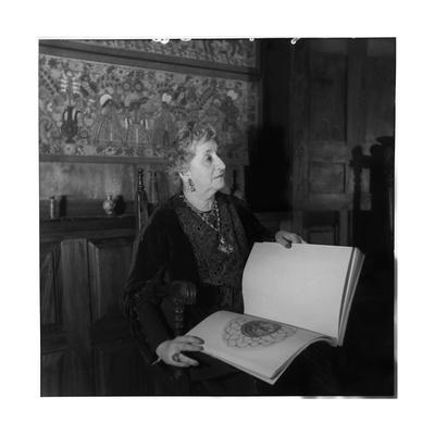 Helene Stathatos