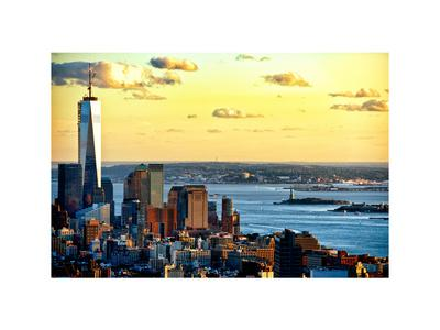 One World Trade Center (1WTC) at Sunset, Hudson River and Statue of Liberty View, Manhattan, NYC