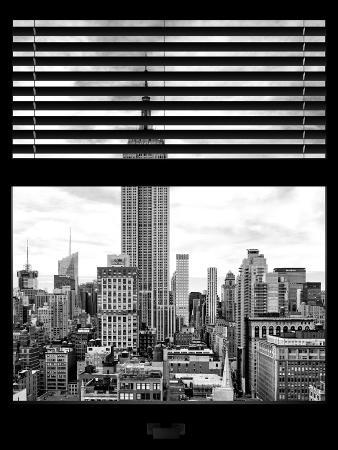 Window View with Venetian Blinds: the Empire State Building View - Manhattan
