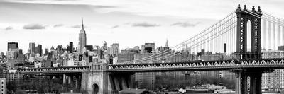Panoramic Landscape View of Midtown NY with Manhattan Bridge and the Empire State Building