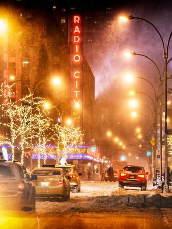 Instants of NY Series - Street Scenes and Urban Night Landscape in Winter under the Snow