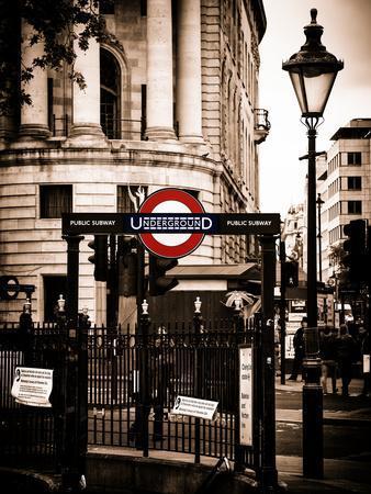 The London Underground Sign - Public Subway - UK - England - United Kingdom - Europe