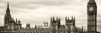 Palace of Westminster and Big Ben - Westminster Bridge - London - England - United Kingdom