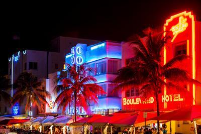 Colorful Street Life at Night - Ocean Drive - Miami