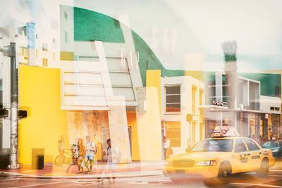 Instants of Series - Art Deco Architecture - Yellow Cab of Miami Beach - Florida - USA