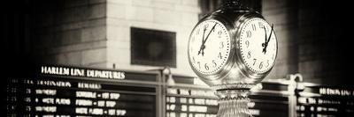 Panoramic View - Grand Central Terminal's Four-Sided Seth Thomas Clock - Manhattan - New York