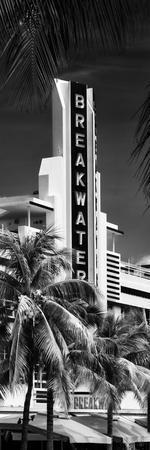 Art Deco Architecture of Miami Beach - The Esplendor Hotel Breakwater South Beach - Ocean Drive