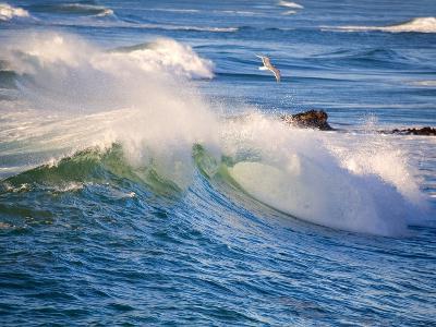 Heavy Surf off Cape Kiwanda on Oregon Coast