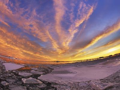 Drifting ice in Antarctica