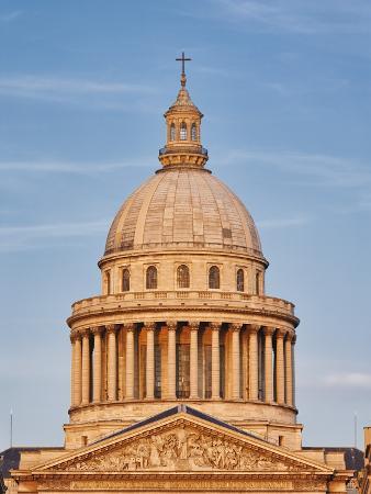 Dome of Pantheon in Paris