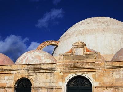 Building on Crete