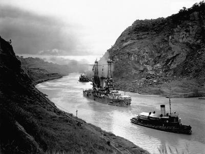 Battleship Moving Through Panama Canal, 1915