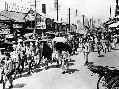 Sun Yat-Sen's Army on the March