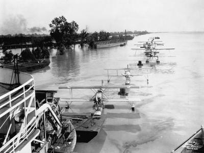Seaplanes on the Flooded Mississippi