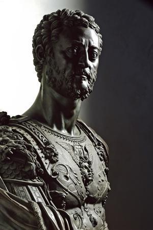 Bust of Grandduke Cosimo I De' Medici by Benvenuto Cellini