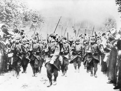 French Soldiers Approaching Front Line