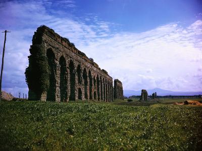 Ruins of Claudian Aqueduct