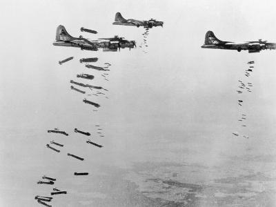USAAF B17s Flying Fortress over Germany