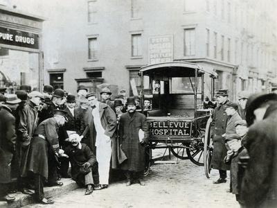 Ambulance Idling by Crowd