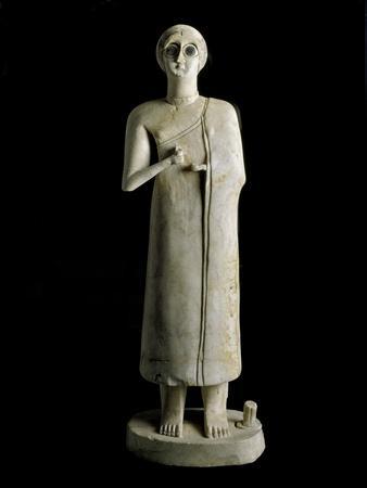 Mesopotamian Art : Figure of a Woman or Goddess