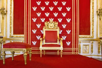 Red Throne.