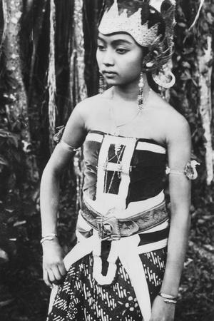 Javanese Girl Dancer