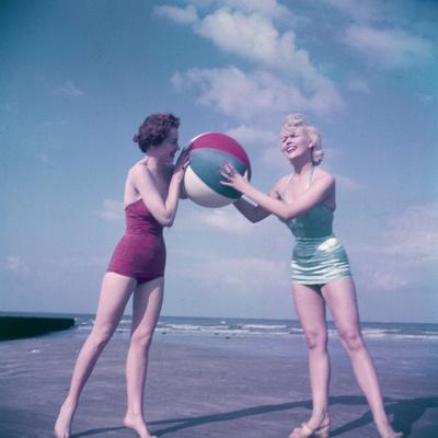 Beach Babes and Ball