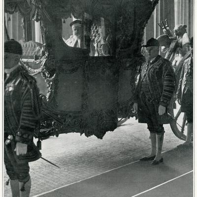 Edward VII in Coach 1901