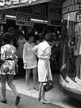 Sales Fashions