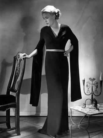 Hanging Sleeves 1930S
