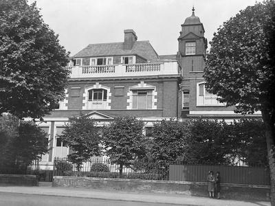 Marie Curie Hospital