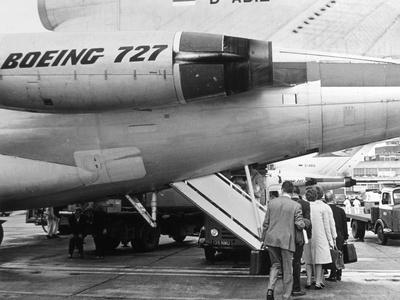 Boarding a Boeing 747