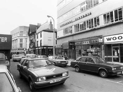 Cars in Hull Town Centre