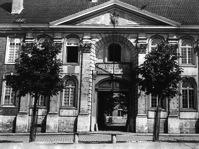 Pope Adrian VI College